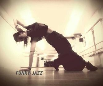 Flamenco: Escuela de Baile  de Ballet M H