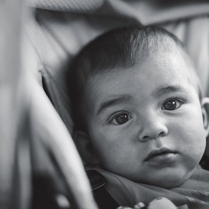 ¿Qué dice la normativa sobre las sillas de viaje para bebés?