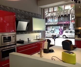 Muebles y Regalos: Servicios de Eguren - Tienda de muebles y mesas de cocina, electrodomésticos y baños