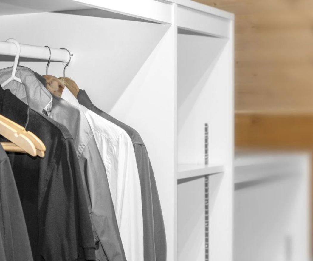 Cómo cuidar el olor del interior de tu armario a medida