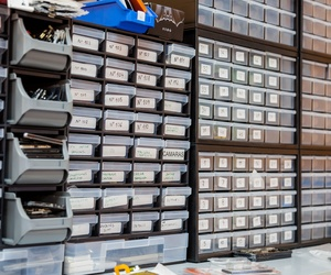 Reparación y mantenimiento de aparatos electrónicos