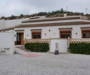 Venta de casa de pueblo en Castillejar