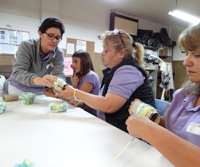 Taller de Costura: Proyectos y Servicios de Asociación Domitila