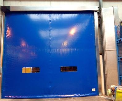 Puertas Rápidas Enrollables con Telón Autorreparable