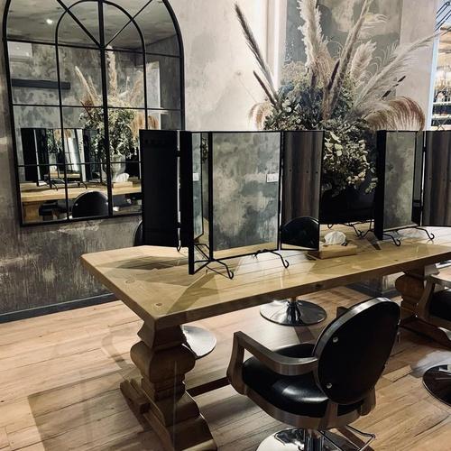 Salón de belleza de Oscar Palos en Valencia