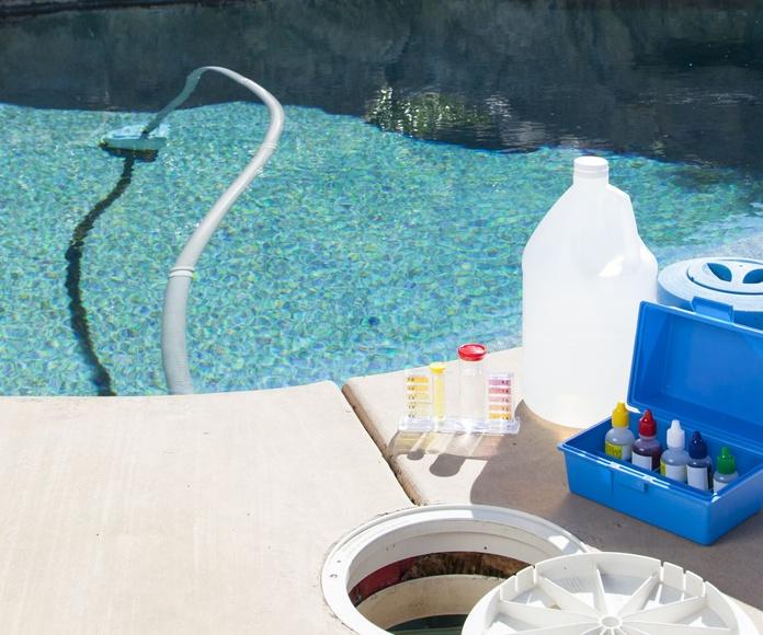 Piscinas: Limpieza y mantenimiento de Limpiezas Galvez