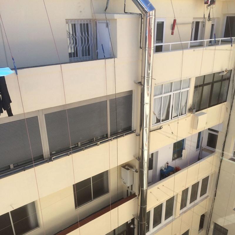 Impermeabilización de patio de luces en Santander-Trabajos verticales
