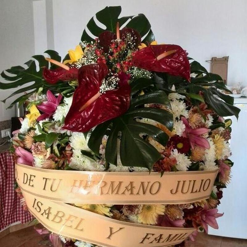 Corona Ref: 06: Productos y servicios de Funeraria El Platero