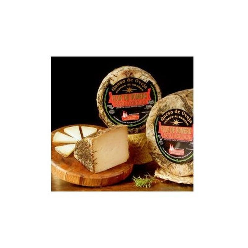 Queso de oveja al romero: Selección de productos de Jamonería Pata Negra