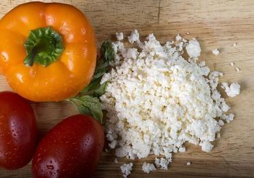Sustitutivos del queso para alimentación vegana.