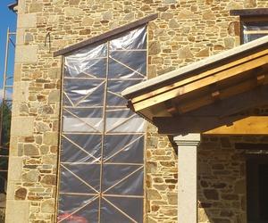 Construcciones en general y trabajos artesanos en piedra