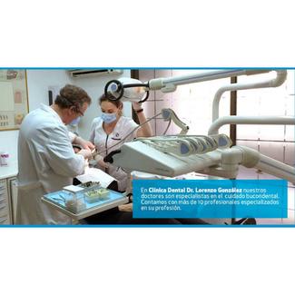 Oferta blanqueamiento dental en clínica