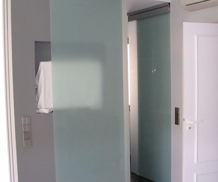 Mamparas de baño: Trabajos  de Aluminismanresa