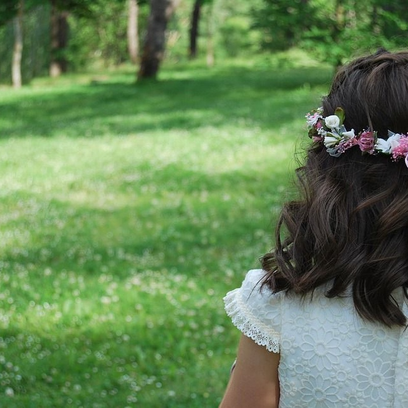 Peinado de comunión: Peluquería unisex  de Cristina Paulo Peluquería Unisex