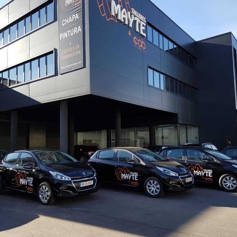 Vehículo de cortesía: NUESTROS SERVICIOS de TALLERES MAYTE & CAB AUTOMOCIÓN