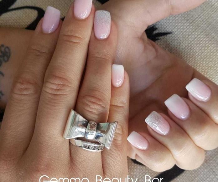 Manicura y pedicura: Nuestros servicios y fotos de Gemma Beauty Bar
