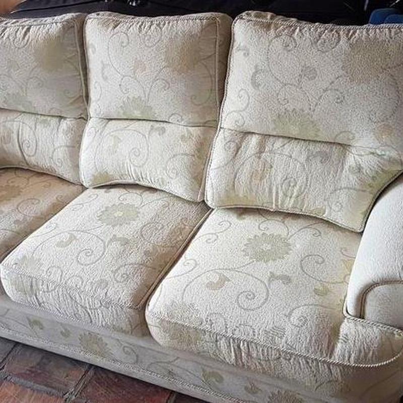 Sofa de tres plazas Color Crema : Nuestros productos de Remar Albir