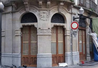 Restauración de fachadas y pintura de edificios, viviendas y locales