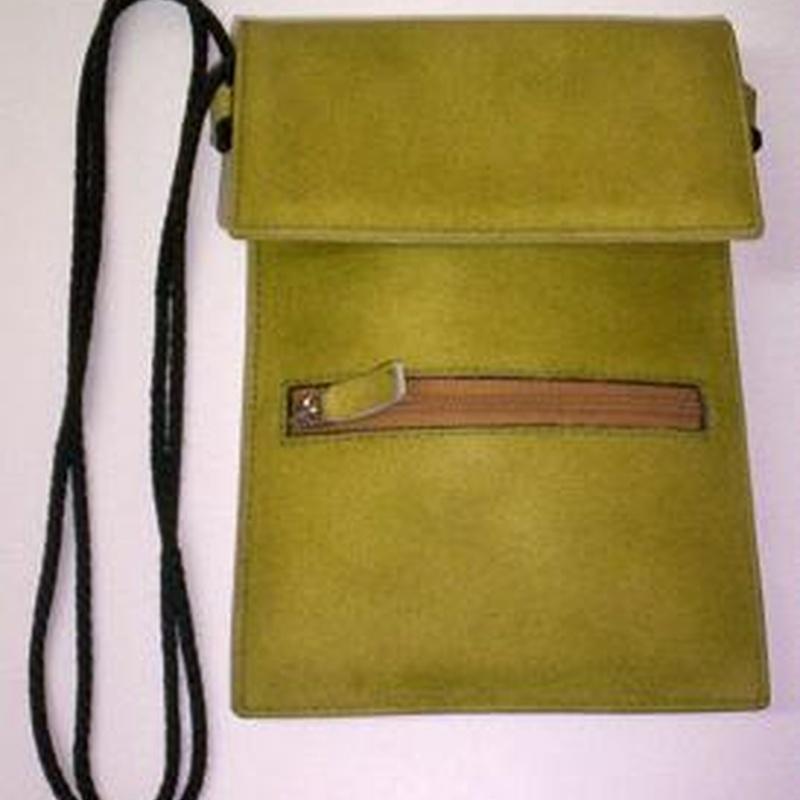 BOLSO BC-01090: Catálogo de M.G. Piel
