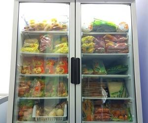 Nuestro congelador bien surtido para que encuentres en él toda la gama de productos congelados de 'MI HUERTA' y 'PAPITA CRIOLLA'