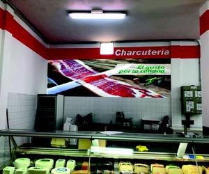 Rotulación interior de supermercado Charcutería
