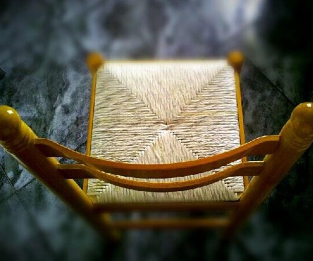 Cómo tapizar una silla de rejilla