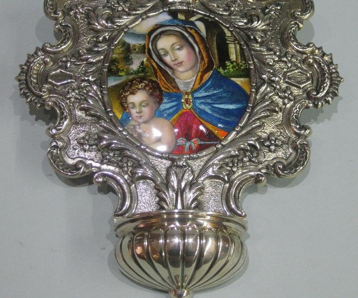 BENDITERA VIRGEN Y NIÑO: Catalogo de plata de Vera Orfebre