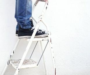 Las claves para la limpieza de techos altos