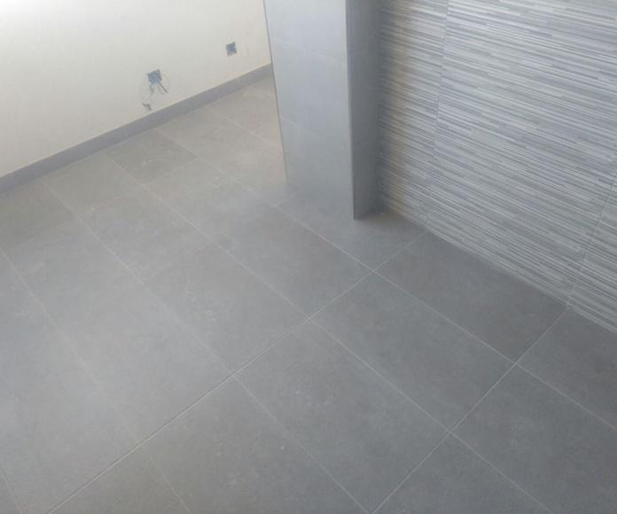 Trabajos realizados de reforma en piso de 2 baños y 1 cocina