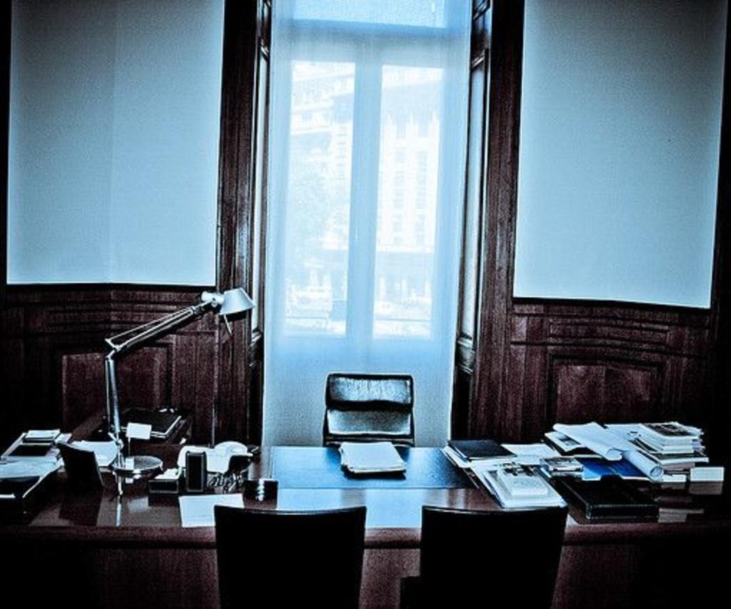 ¿Qué muebles debo tener obligatoriamente en mi despacho?