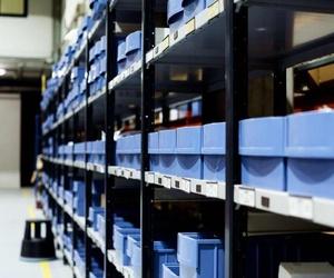 La importancia de la seguridad en las estanterías metálicas