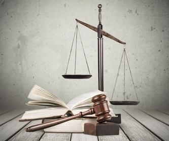 Derecho de Familia y menores: Áreas Legales de Cifuentes Legal
