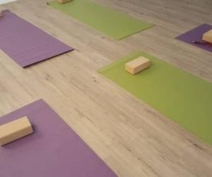 Clase de Yoga-Flow. Martes 18:30h.