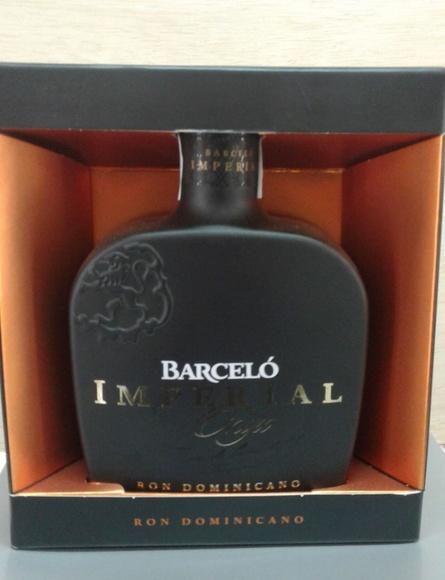 Barceló Imperial Onix: Servicios de La Esquina del Fumador Gáldar