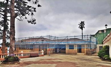 Andamio multidireccional para rehabilitación de fachada. Obra: centro médico Barroso