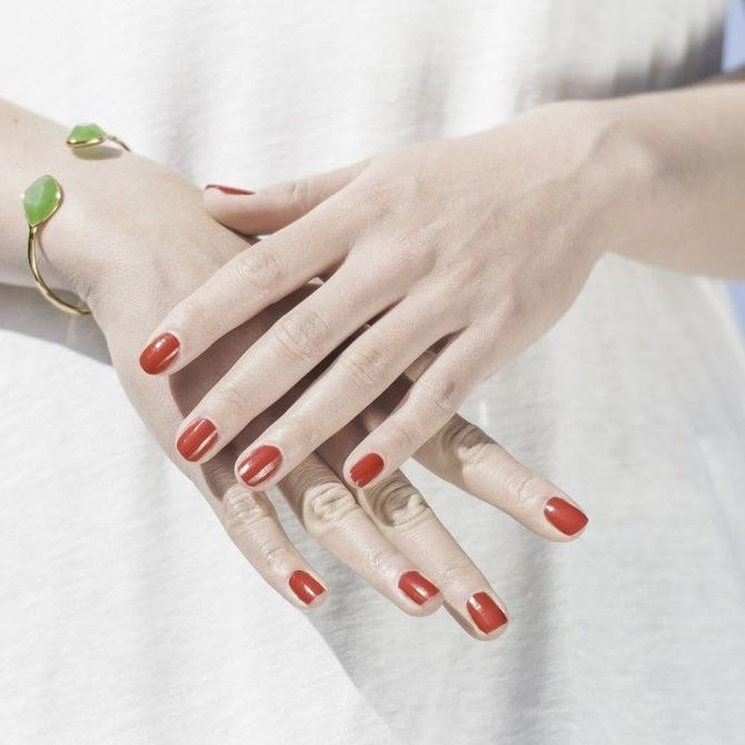 ¿Quieres hacerte una permanente de uñas?