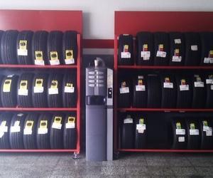 Cambio de neumáticos en Arona