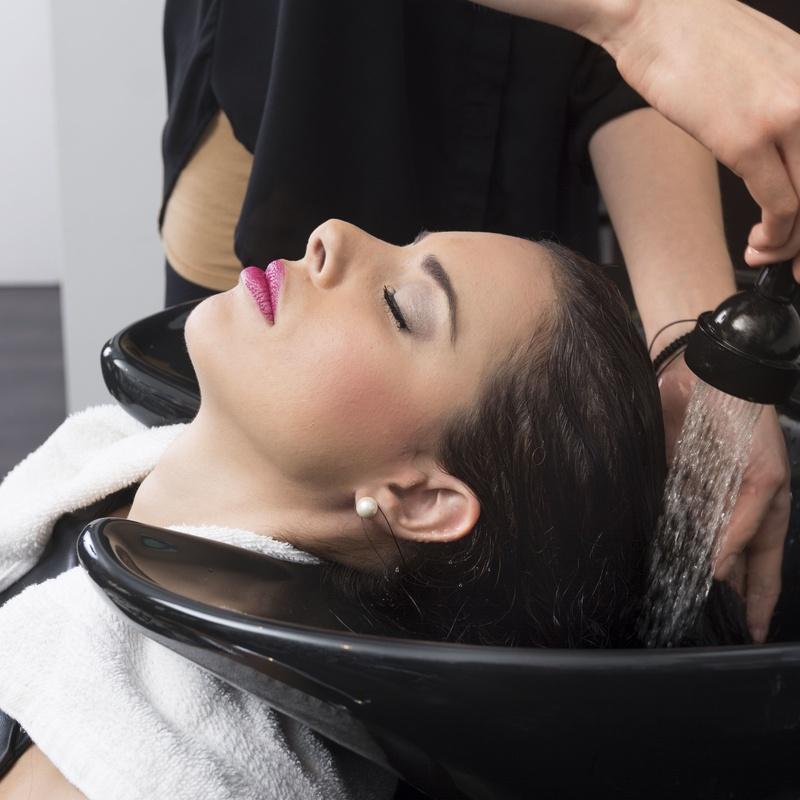 Moldeadores: Servicios de Salón de Peluquería y Estética Stimage