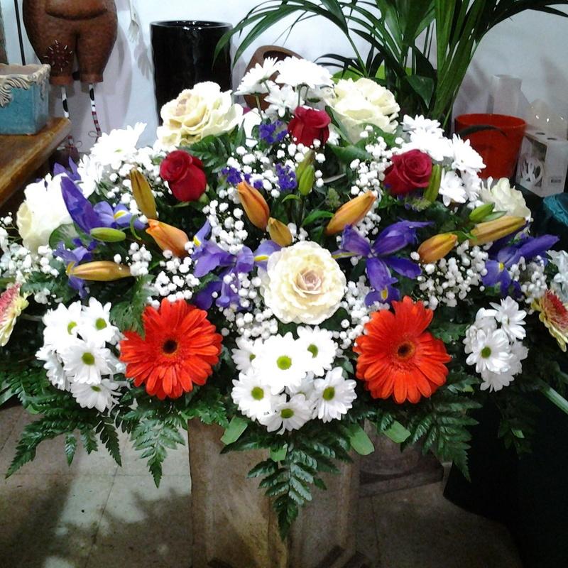 Palma de flor variada: Servicios de Arte Flor