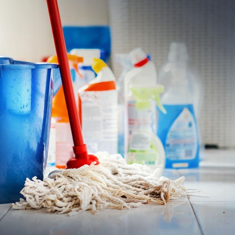 Primeras limpiezas: Servicios de Limpiezas Julker, S.L.
