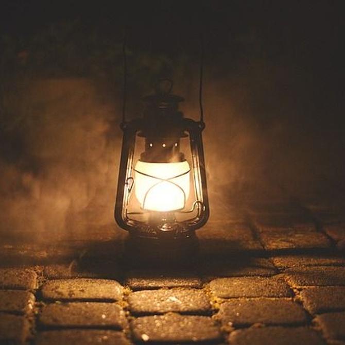 Consejos para iluminar una sala de estar y un comedor