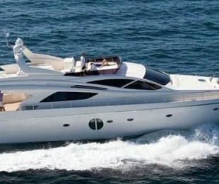 Alquiler de yates y villas de lujo. Boats and luxury villas rent.