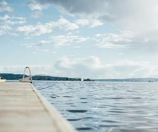 ¿Qué es el hormigón gunitado y qué ventajas aporta en la construcción de piscinas?