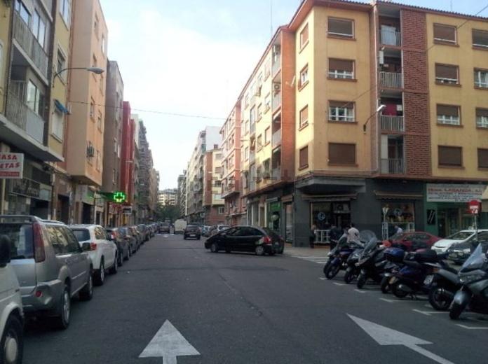 Sector Cesareo Alierta - calle Reina Fabiola, local de 700 metros: Inmuebles de Fincas Goya