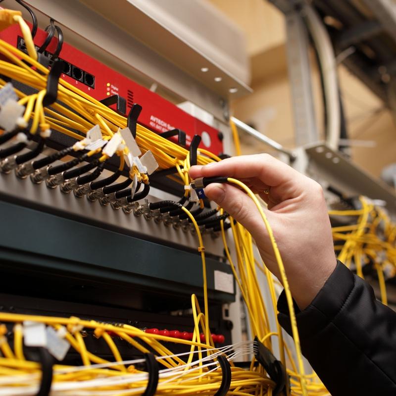 Redes de voz y datos: Servicios de Tecnicom