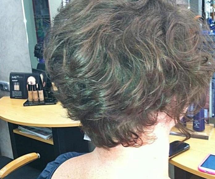 Corte mujer. Asia peluquería