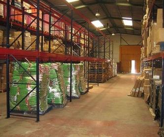 Trabajo de carpintería a medida: Productos de EQUIPAMIENTO COMERCIAL RLB