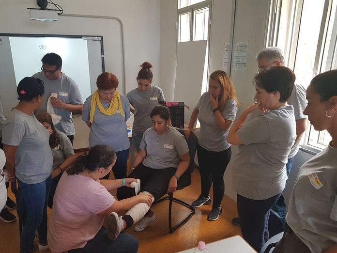 Formación en primeros auxilios: Proyectos y Servicios de Asociación Domitila