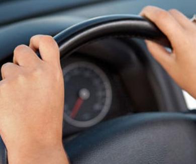 Absuelto tras ser acusado de circular con permiso de conducir falso
