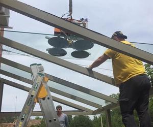 Instalación de cerramientos de aluminio y vidrio en Girona